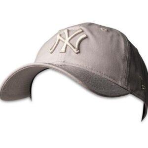 New Era Mens 9Twenty NY Yankees Baseball Cap Grey
